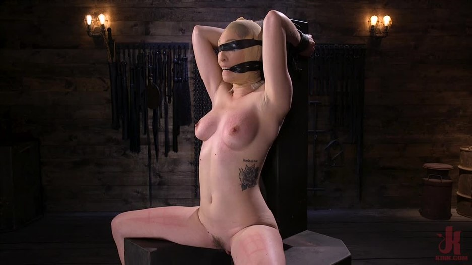 Device Bondage – Apr 4, 2019 – Lily LaBeau