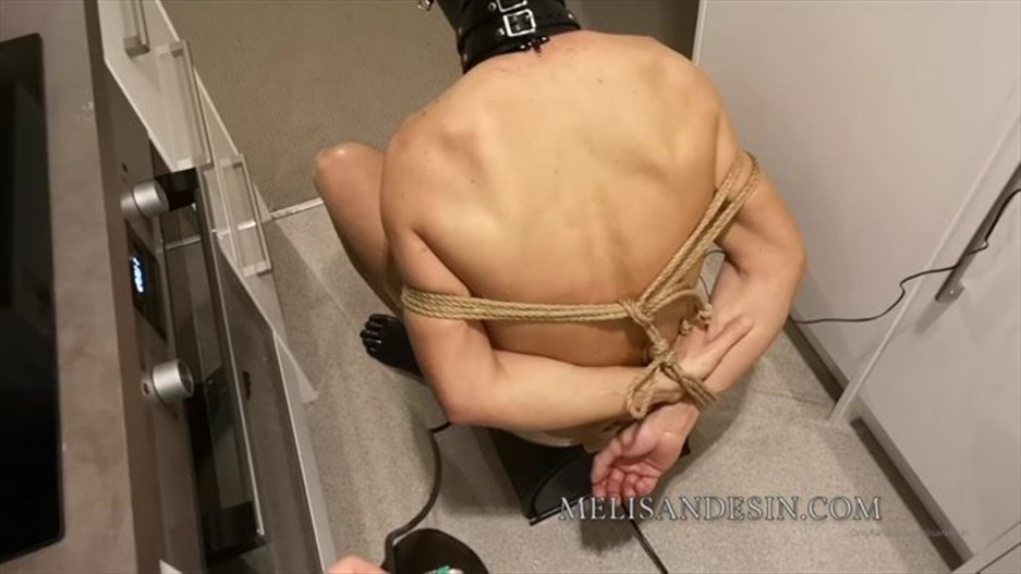 Miss Melisande Sin - Rope-bondaged Sybian riding electro watersports
