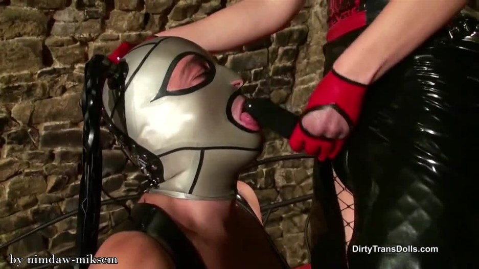 Dirty Trans Dolls – Latex doll fucking part 1