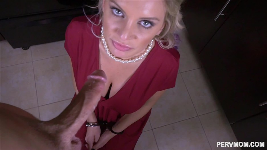 Kenzie Taylor (Crime And Pussy Punishment / 857) 2019, Pervmom / TeamSkeet, Blowjob, Big Boobs, Incest, 1080p - pornevening.com