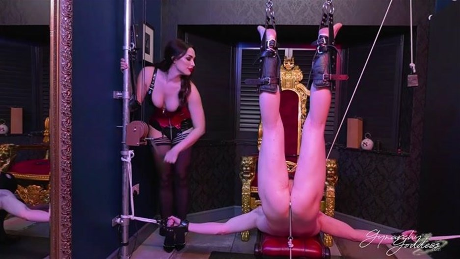 Gynarchy Goddess - Hooked And Punished