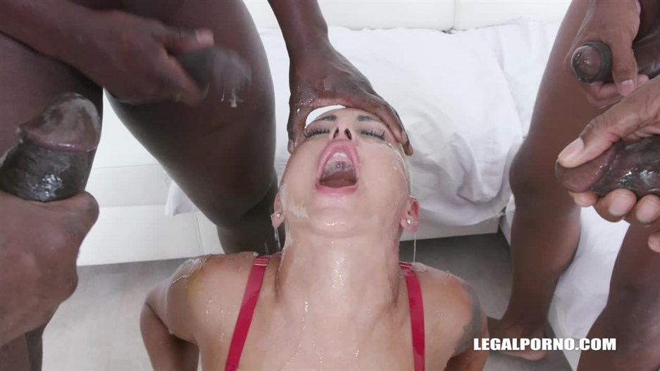 Lolly Glam - Lolly Glam Enjoys African Champagne And Gets 2 Cocks In The Ass With Anal Fisting IV519