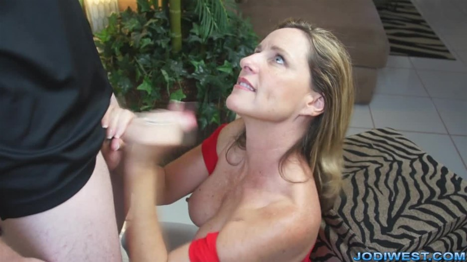 Boy Toy Quickie 2020, Jodi West, Handjob, Mother Son, Taboo Roleplay, 720p