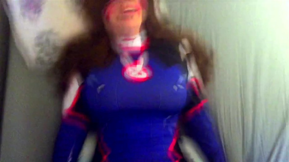 d va gets play of the game, amateur cosplay, curvy teen